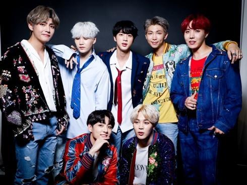 Bán CD giá mắc gấp đôi, BTS vẫn 'bình thản' dẫn đầu tại Mỹ