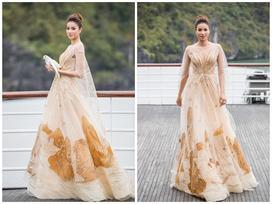 Ngắm Phạm Hương đi catwalk theo chuẩn thần thái hoa hậu
