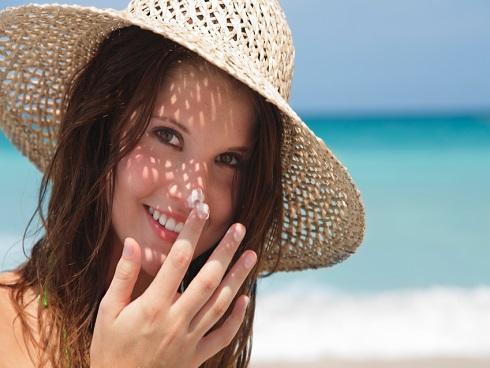 Bí quyết giúp bạn không lo các vấn đề về da trong ngày hè