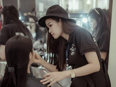 'Gia tài' nghề trang điểm của Linh Jace Makeup
