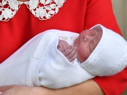 Lộ diện hình ảnh em bé thứ 3 của Hoàng tử William và Công nương Kate