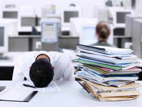 5 bí quyết bảo vệ sức khỏe cho dân văn phòng