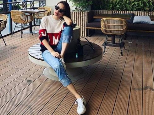 Sự tinh tế trong cách chọn giày, dép của Đàm Thu Trang khi yêu Cường Đô La