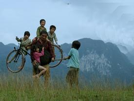 'Cha cõng con' tham gia hạng mục cạnh tranh tại Liên hoan phim quốc tế IRAN lần thứ 36