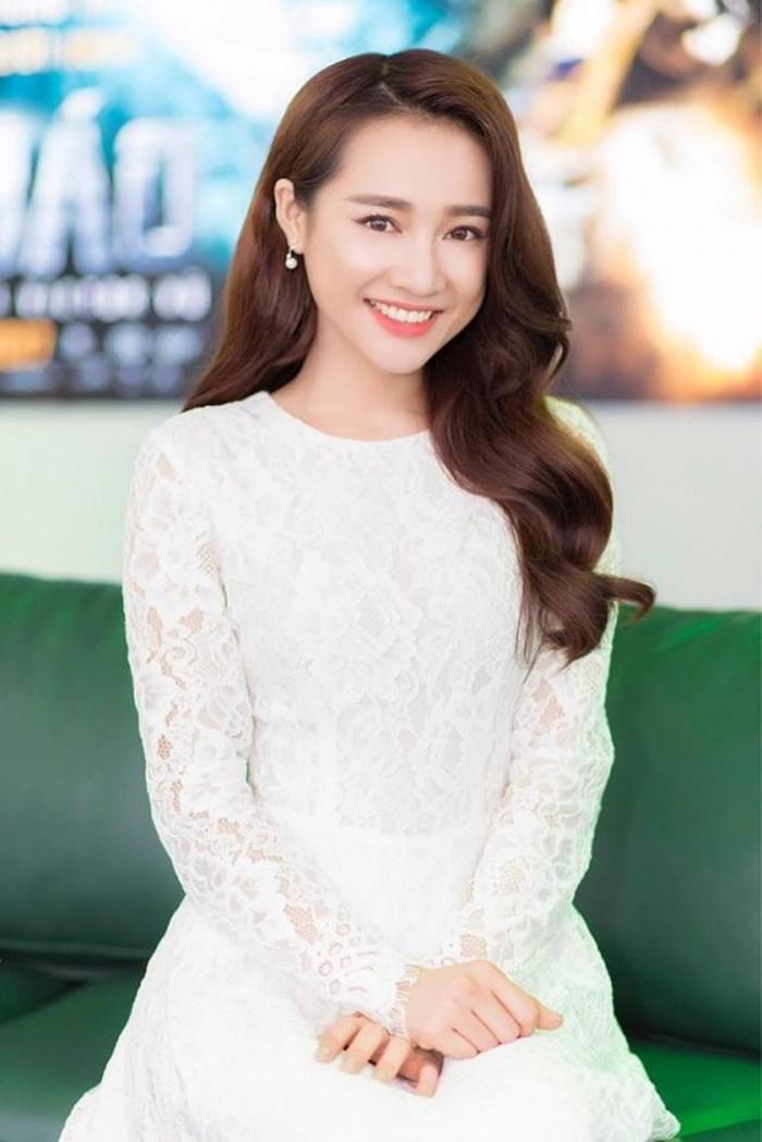 Nhã Phương là nữ chính trong Hậu duệ mặt trời phiên bản Việt