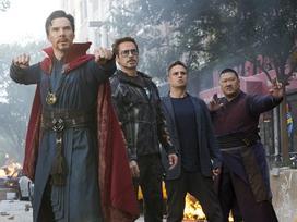 'Avengers: Infinity War' trở thành bom tấn đạt doanh thu 100 tỷ đồng nhanh nhất tại Việt Nam