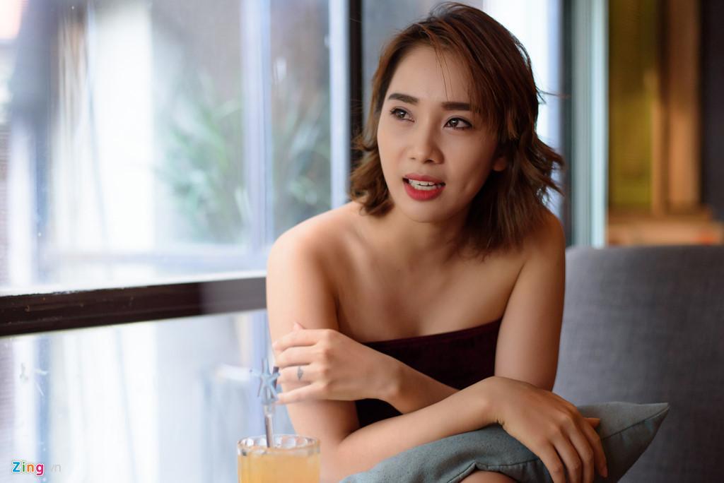 Phạm Lịch cho biết cô bị đe dọa, yêu cầu phải rời khỏi Sài Gòn và không được báo công an.