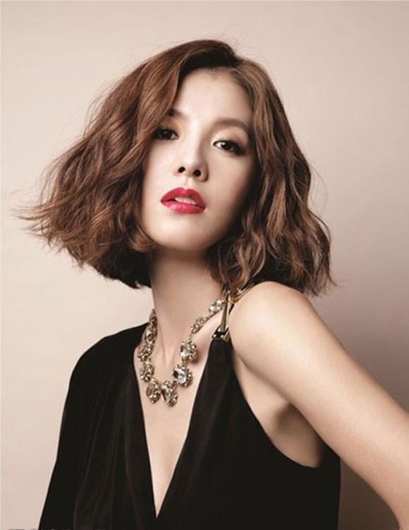 tóc xoăn cho phụ nữ tuổi 30