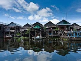 Khám phá ngôi làng nổi ở Campuchia
