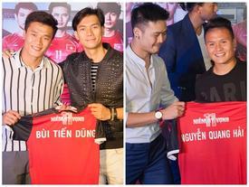 Dàn cầu thủ U23 Việt Nam xúc động khi nhìn thấy chính mình trong '11 niềm hy vọng'