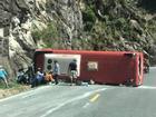 Nạn nhân bàng hoàng kể khoảnh khắc xe chở 30 du khách lật trên đèo