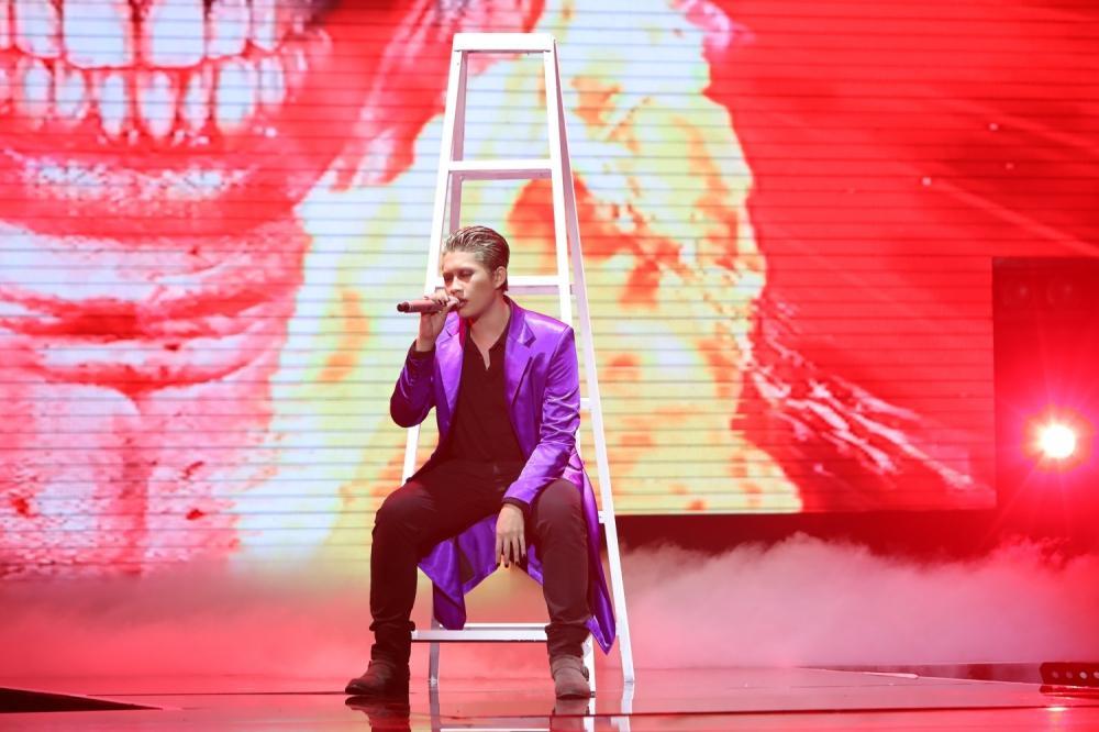 Đinh Tuấn Anh chọn thể hiện ca khúc mang tên Joker