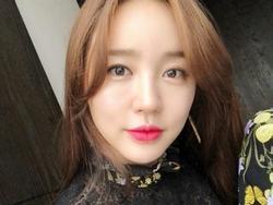 Sao Hàn 14/5: 'Thái tử phi' Yoon Eun Hye xinh đẹp như thiếu nữ