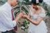 Màn trao nhẫn cưới thiêng liêng, đánh dấu thời điểm cả hai chính thức là vợ chồng.