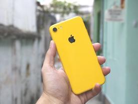 iPhone 2018 sặc sỡ với 'áo mới' xanh, vàng, hồng nổi bật