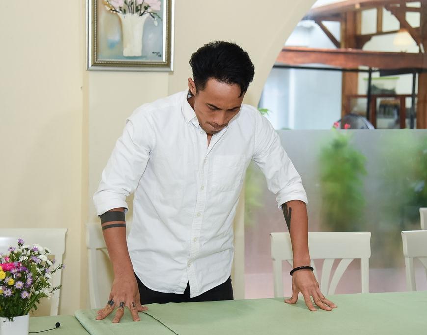 Phạm Anh Khoa: Trang trần không ai còn trinh khi vào showbiz