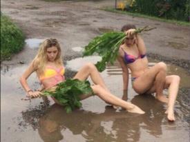 Nóng chảy mỡ, chị em tìm cách tắm nắng mọi lúc mọi nơi