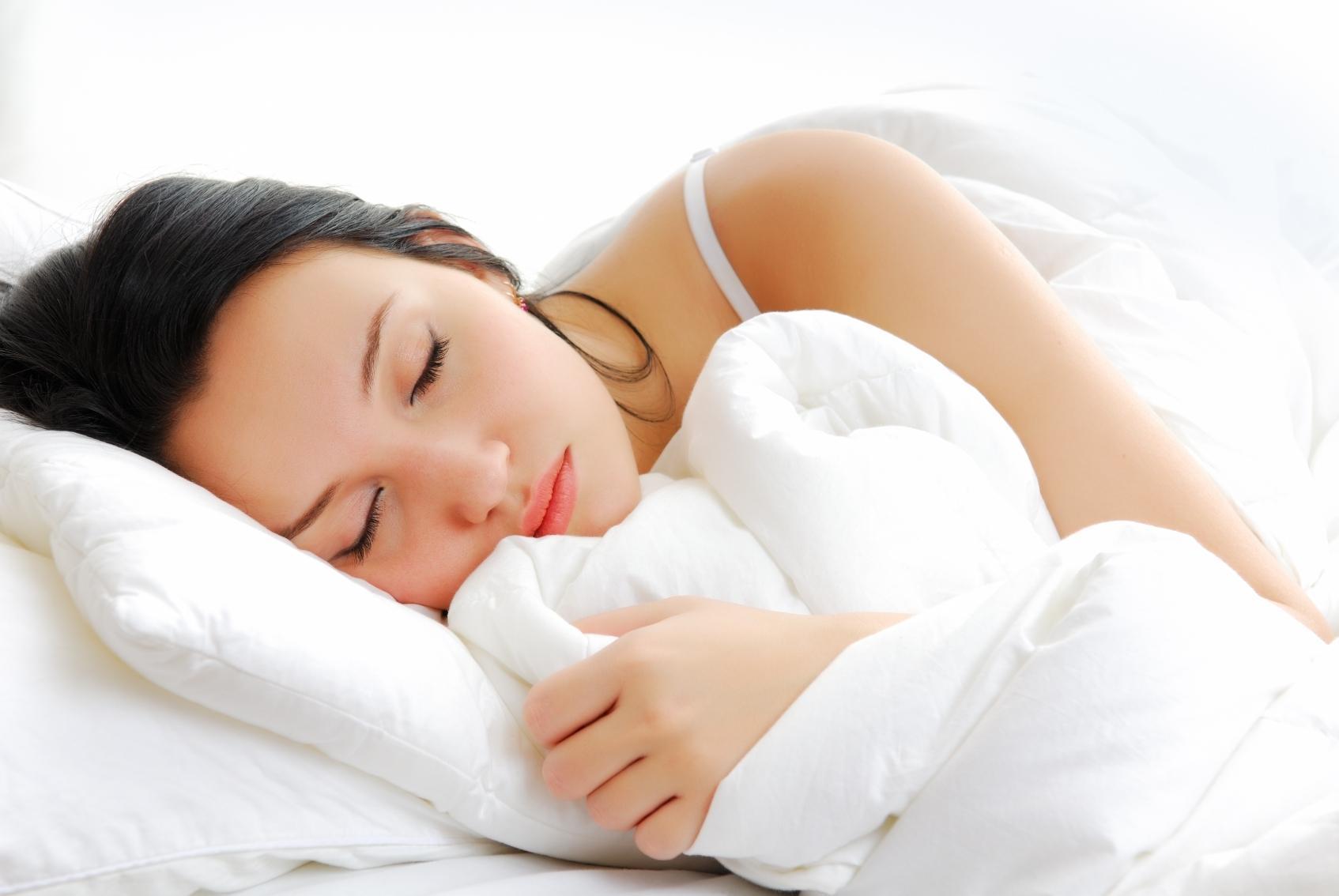 Đi ngủ sớm là thói quen tốt cho sức khỏe của phụ nữ