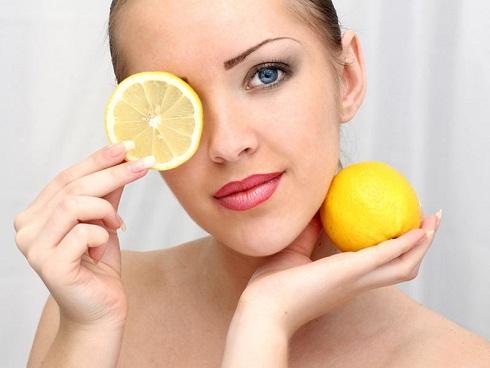 5 cách làm da vẫn trắng ngần trong mùa hè