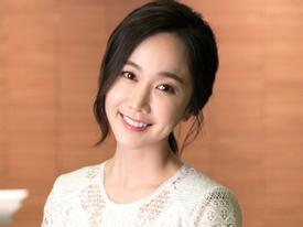 Sao Hàn 18/5: Mỹ nhân 'Mặt trăng ôm mặt trời' Kim Min Seo bí mật kết hôn