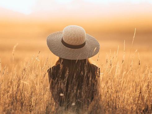 Xem để thấy rằng cuộc sống này nhất định phải có một người yêu bên cạnh