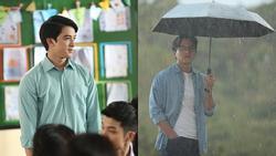 Hotboy 'Tháng năm rực rỡ' cạnh tranh với Mai Tài Phến làm 'thầy giáo mưa'