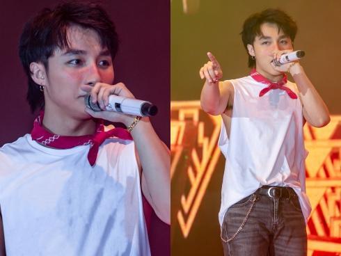Không cần nhìn lyrics nữa, Sơn Tùng hát live 'Chạy ngay đi' cực rõ lời rồi đây!