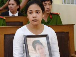 Mẹ của bé gái 13 tuổi bị xâm hại đến mức tự tử: Tôi không muốn vụ án sẽ giống 'Nguyễn Khắc Thủy lần thứ hai'