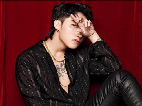 Billboard gián tiếp tố Sơn Tùng M-TP khai gian lượt xem MV 'Chạy ngay đi'