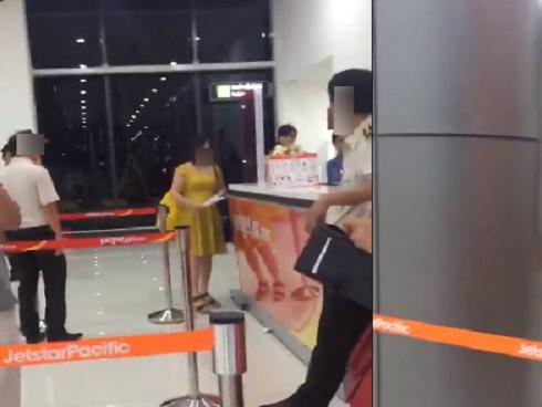 Vietjet lên tiếng khi bị nữ hành khách chửi: 'Chúng… không phải con người'