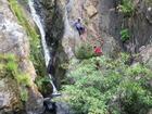 Thi thể phượt thủ được đưa ra khỏi thác ở cung đường đẹp nhất Việt Nam