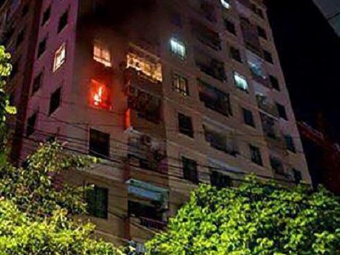 Cháy chung cư Vinaconex 3, cư dân hoảng loạn tháo chạy