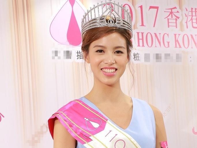 Một năm sau ngày đăng quang, 'Hoa hậu xấu nhất' Hong Kong phải cất vương miện để về quê mưu sinh