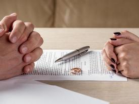Chạnh lòng khi xem Lễ ly hôn của người Nhật