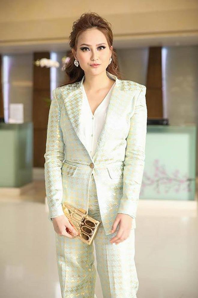 SAO MAKE OVER: Minh Hằng trang điểm quê mùa - Angela Phương Trinh xinh tựa công chúa-3