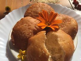 Tự làm bánh tiêu tại nhà với cách làm bánh cực đơn giản