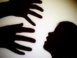 Nghi án bé gái 15 tuổi bị ông hàng xóm 51 tuổi hiếp dâm