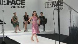 Giây phút CHỜ ĐỢI đã đến: Minh Hằng trổ tài catwalk tại The Face Vietnam 2018