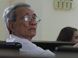 Xét xử giám đốc thẩm vụ ông lão 77 tuổi dâm ô trẻ em