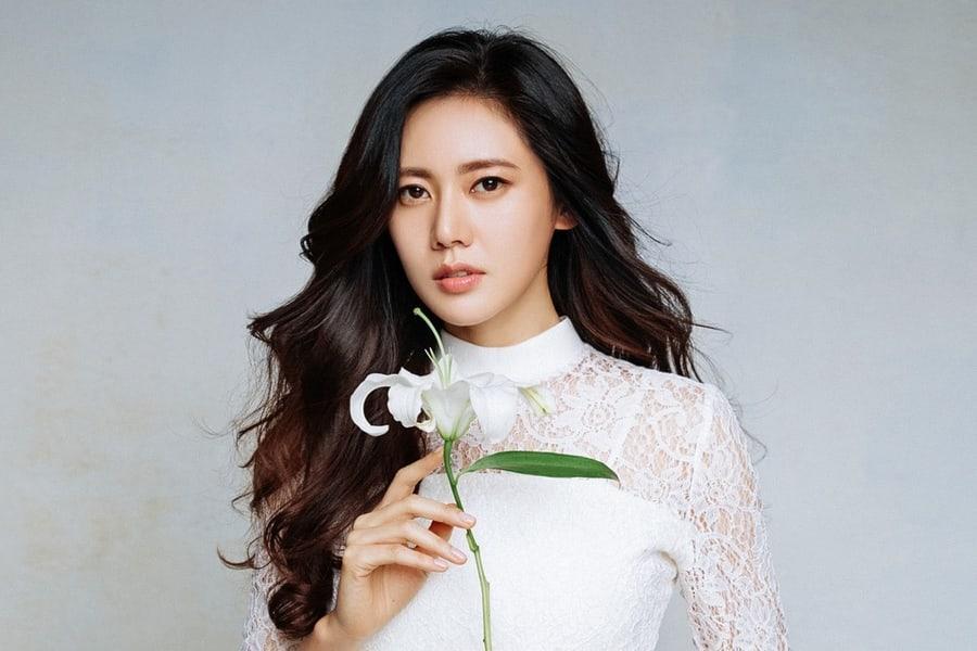 Chu-Ja-Hyun.jpg