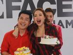 Minh Hằng vỡ òa khi được chúc mừng sinh nhật ngay tại trường quay The Face Vietnam 2018