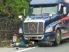 Chồng lái container tông chết người ở Lạng Sơn, vợ đăng clip kêu oan
