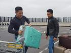 Quốc Cơ - Quốc Nghiệp xếp hành lý rời Anh: 'Về nhà thôi'