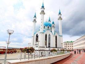 Đến Nga xem World Cup, tranh thủ dạo quanh nhà thờ Hồi giáo Kul Sharif