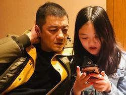 Cô con gái nhỏ 'hở hàm ếch' của Lý Á Bằng và Vương Phi nay đã xinh hơn nhiều rồi!