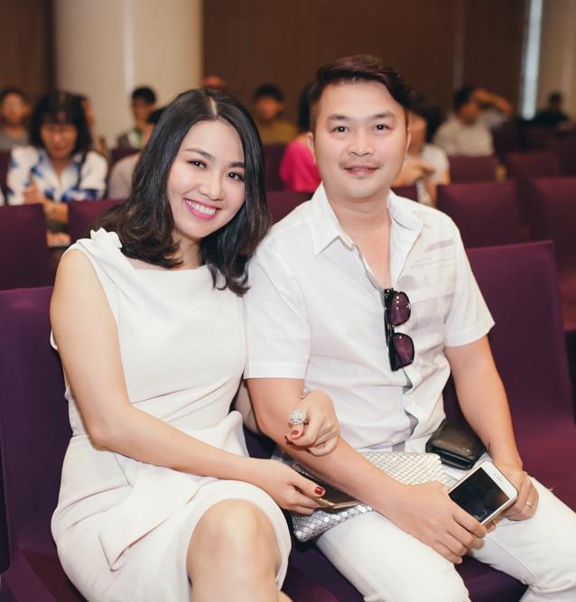 le-khanh-mang-thai-1.jpg