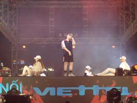 2 vạn fan Sài Thành bùng nổ cùng hit 'Chạy ngay đi'