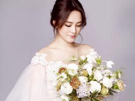 U40 Chung Hân Đồng trẻ đẹp như thiếu nữ khi mặc váy cưới