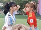 Gái xinh mùa World Cup khiến fan bóng đá 'lịm tim' khi thả dáng trên sân cỏ
