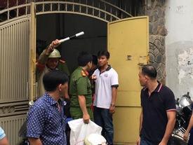 Vụ hai cha con chết bất thường ở Sài Gòn: Nghi người cha sát hại con trai rồi tự tử